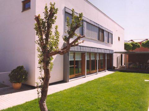 Construcción Viviendas Convencionales - 1º Premio Construcción - Casa Unifamilar - Jardín