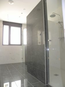 Em2 - Construcción Viviendas de Diseño - San Miguel - Casa Unifamilar - Reformas de Interiores, Baños y Duchas