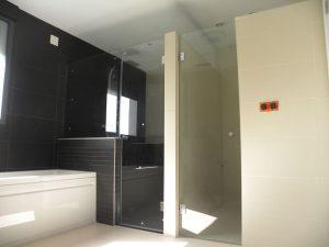 Em2 - Construcción Viviendas de Diseño - San Miguel - Casa Unifamilar - Reformas de Interiores , Baños y Duchas
