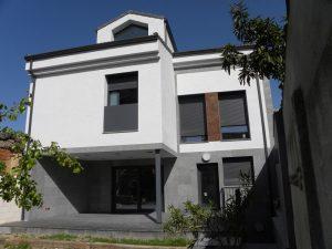 Em2 - Construcción Viviendas de Diseño - San Miguel - Casa Unifamilar - Reformas de Exteriores, Fachada y Patio