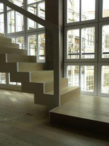 Construcción Viviendas de Diseño - Recoletos - Casa Unifamilar - Reformas de Escaleras