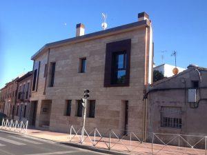 Construcción Viviendas de Diseño - Raúl Pérez - Casa Unifamilar - Fachada