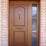 Construcción Viviendas Rústicas - Rábano - Casa Unifamilar - Casa Rústica- Puerta Entrada