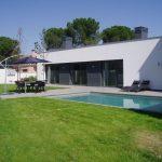 Em2 - Construcción Viviendas de Diseño - Sonsoles - Casa Unifamilar - Reformas y Decoración de Exteriores, Jardín con Terraza y Piscina