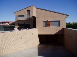 Em2 - Construcción Viviendas de Diseño - Javier Ramos - Casa Unifamilar - Reformas de Exteriores de Viviendas - Garage
