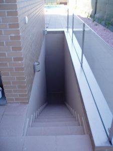 Em2 - Construcción Viviendas de Diseño - Javier Ramos - Casa Unifamilar - Reformas de Exteriores de Viviendas - Escaleras