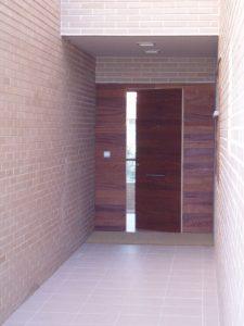Em2 - Construcción Viviendas de Diseño - Javier Ramos - Casa Unifamilar - Reformas de Exteriores de Viviendas - Entrada Principal