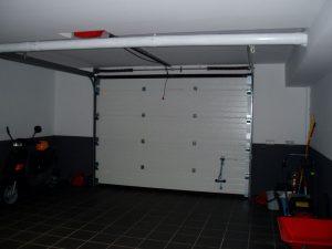Em2 - Construcción Viviendas de Diseño - Javier Ramos - Casa Unifamilar - Reformas de Interiores de Vivienda - Garaje