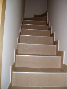 Em2 - Construcción Viviendas de Diseño - Javier Ramos - Casa Unifamilar - Reformas de Interiores - Escaleras
