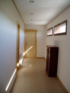 Em2 - Construcción Viviendas de Diseño - Javier Ramos - Casa Unifamilar - Reformas de Interiores - Pasillo