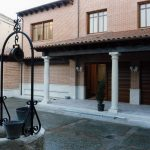 Construcción Viviendas Rústicas - San Martín- Casa Unifamilar - Casa Rústica - Porsche Entrada Patio