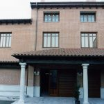 Construcción Viviendas Rústicas - San Martín- Casa Unifamilar - Casa Rústica - Porsche Entrada